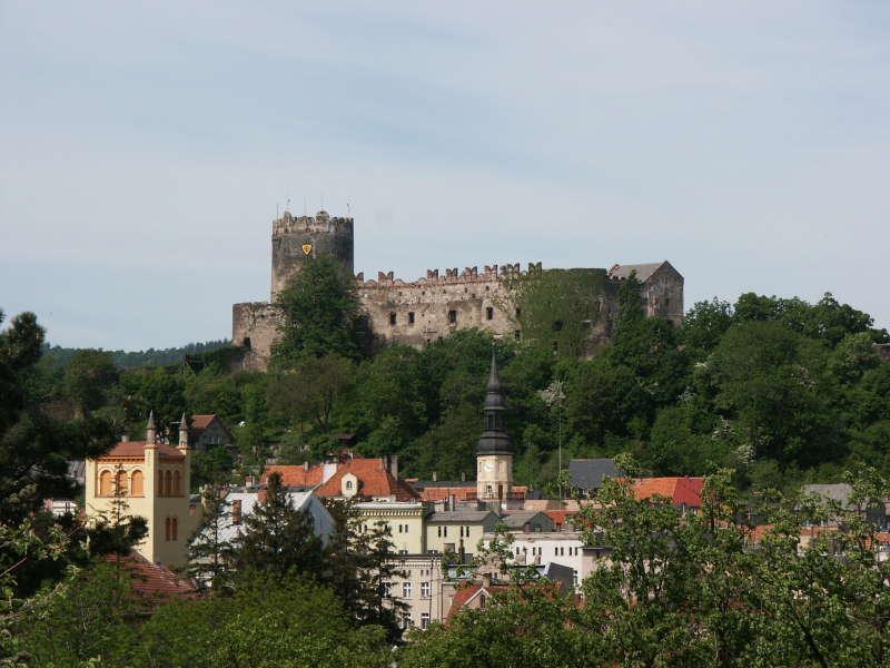Widok na miasto i Zamek Bolków.