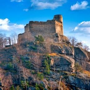 Zamek Chojnik w Sobieszowie koło Jeleniej Góry.