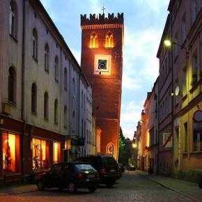 Krzywa Wieża w Ząbkowicach Śląskich Fot. www.zabkowiceslaskie.pl