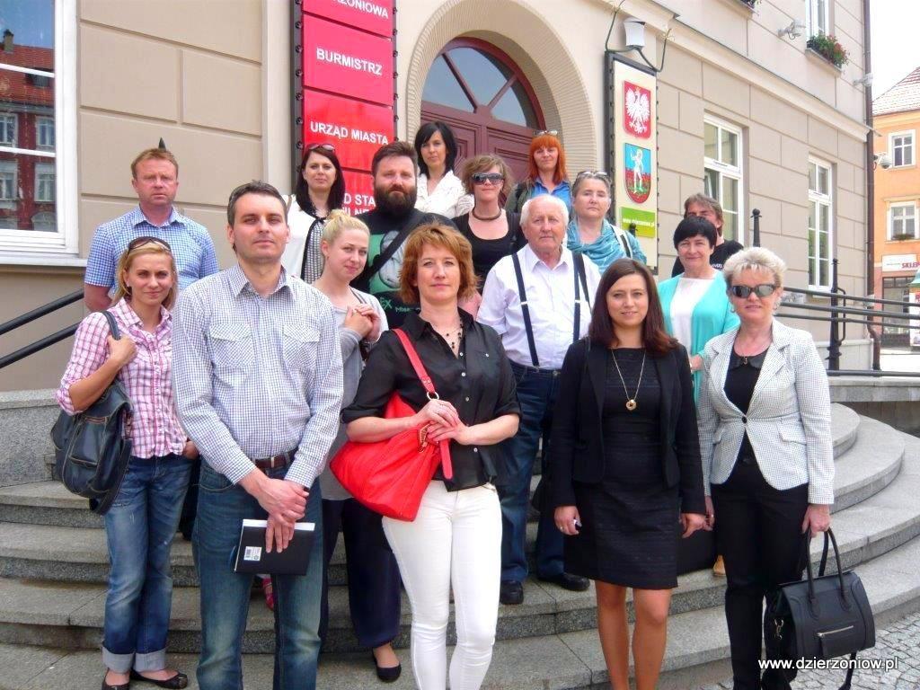 """Fot. W ramach wizyty studyjnej Urząd Miasta w Dzierżoniowie dzielił się swymi doświadczeniami z uczestnikami projektu systemowego """"Rewitalizacja społeczna"""""""