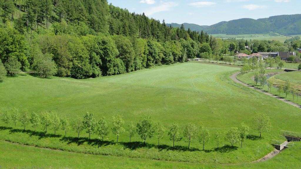 Zielone wzgórza zamiast hałd śmieci